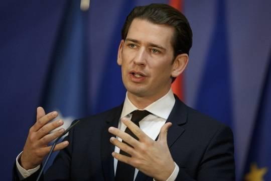 Канцлер Австрии перед визитом вСША напомнил охороших контактах сРоссией