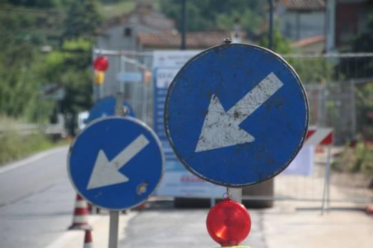 В России решили избавиться от уменьшенных дорожных знаков
