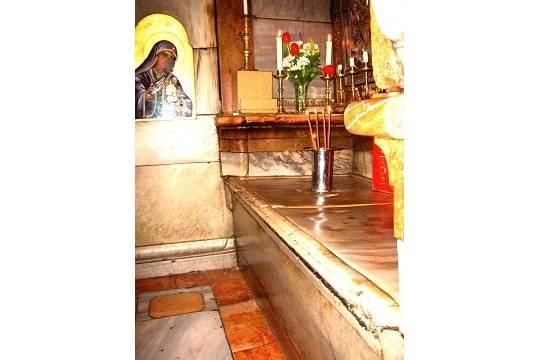 Как вскрывали гроб Иисуса Христа