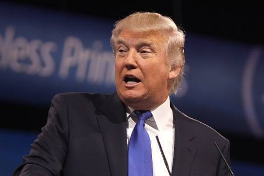 НаТрампа подадут всуд занарушение Конституции США