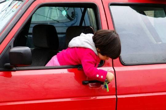 ВБарун-Хемчике 11-летняя девочка сделала наезд на9-летнего ребенка