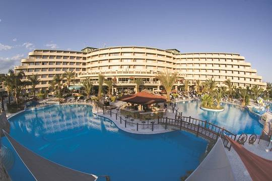 Владельцы турецких отелей пожаловались на«пустой» летний сезон