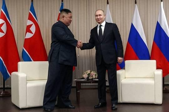 Японский премьер высказался по поводу встречи Путина и Ким Чен Ына