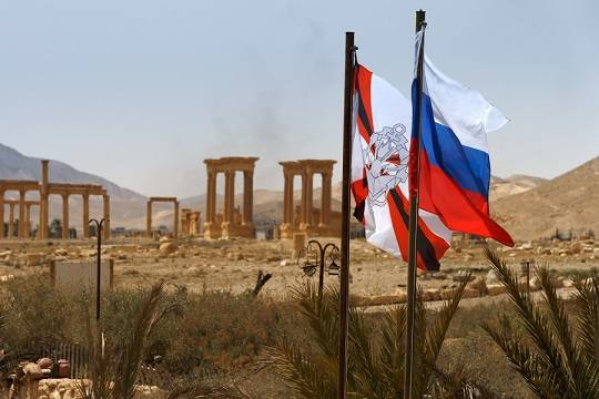 Американский «ястреб» призвал убивать русских военных вСирии