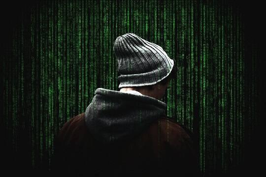 Эксперты сообщили о подготовке хакерами масштабной атаки на счета россиян в мае