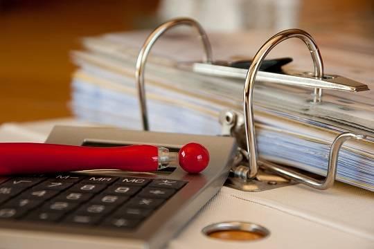 Эсеры потребовали у Генпрокуратуры создать комиссии для внеплановых проверок торговых центров