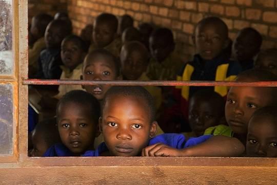 ЮНИСЕФ предупредил об угрозе гибели сотен тысяч детей от голода