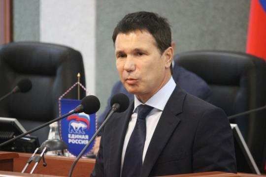 Зачем сенатору Игорю Зубареву понадобилась сотня мелких компаний вместо одной крупной