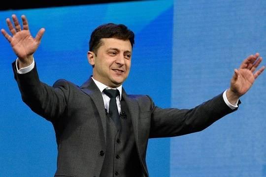 Зеленский хочет провести свою инаугурацию 19 мая
