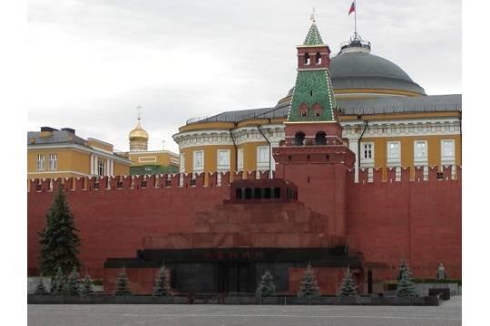 Коммунисты выступили против захоронения Ленина